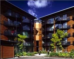 Edificio residenziale Murray Grove – Cartwright Pickard Architects, Londra, 1999