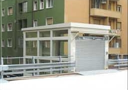43 posti auto sul tetto, in centro a Milano