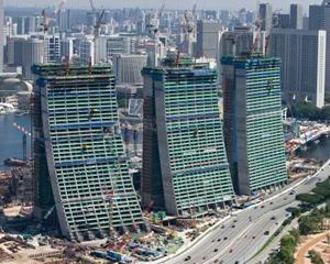 Le torri di Singapore realizzate con attrezzature Peri