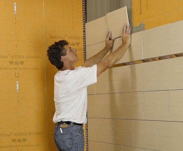 Kerdi board di schl ter systems per la posa dei rivestimenti ceramici - Pannelli per coprire piastrelle bagno ...