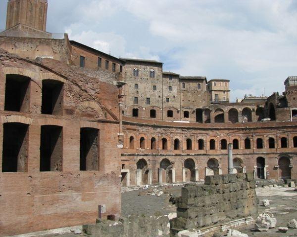 I mercati di Traiano: da centro amministrativo a polo culturale