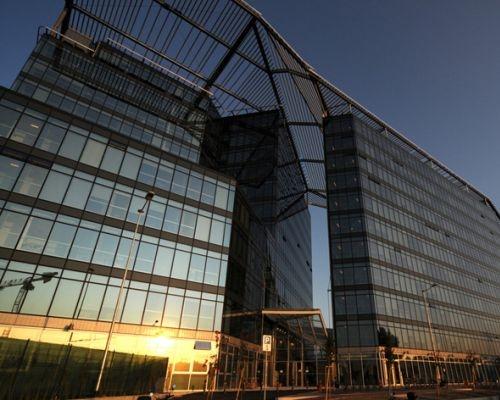 Il sistema di protezione solare del comune di Bologna firmato Suncover