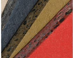 Piastrelle texturizzate in calcestruzzo