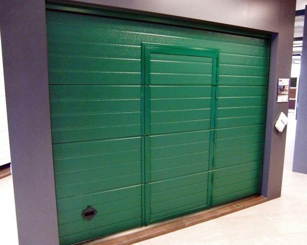 Nuova porta pedonale Breda: qualità estetiche, strutturali e di tenuta termica