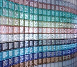 Nuovi pezzi speciali colorati metallizzati della Vetroarredo
