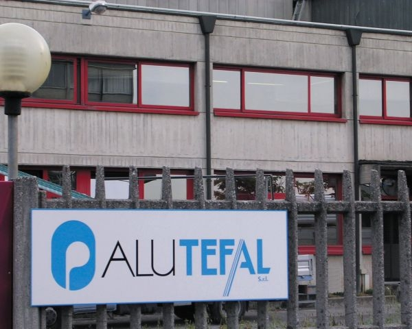 Alutefal: nuova linea di verniciatura di profili di alluminio in PVDF
