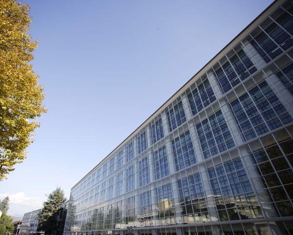Restauro e riqualificazione interna dell'ex edificio Olivetti, ICO Centrale