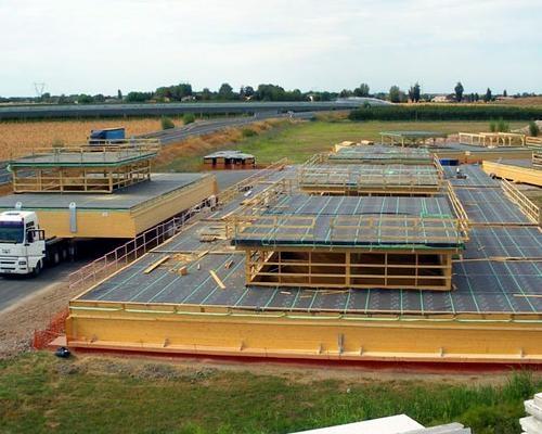 Ricostruzione di un capannone antisismico