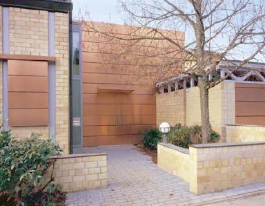 Il nuovo materiale per rivestimento di facciate - Rivestimenti esterni case moderne ...
