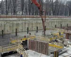 Solai in opera realizzati con PERI SKYDECK per la costruzione di parcheggi interrati