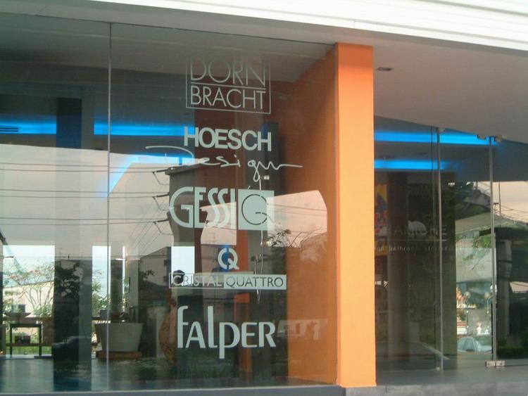 Nuovi spazi espositivi Falper a Helsinky e Bangkok