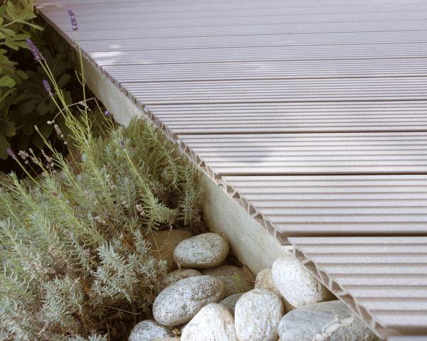 Personalizzare il proprio spazio esterno con il design e la tecnologia ecocompatibile di  Relazzo