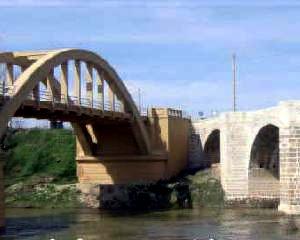 Diversi i ponti, diverso il restauro