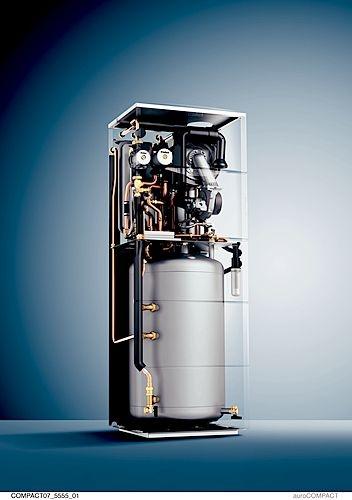 Caldaia a condensazione a basamento aurocompact for Caldaia a condensazione