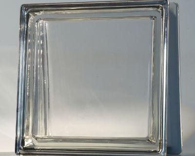 Mattone trapezoidale in vetro