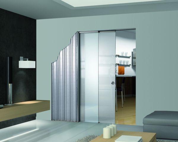 Essential by Scrigno: sistemi scorrevoli e a battente filo parete