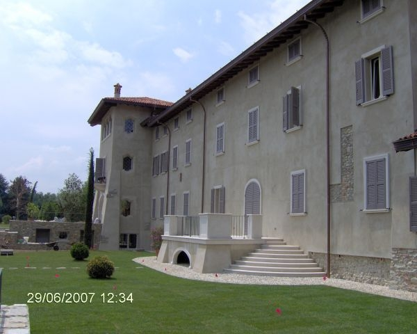 Villa Brugnola a Cantù: restauro conservativo e ampliamento