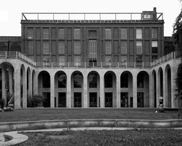 Itinerari di architettura milanese 2012 for Architettura moderna della casa