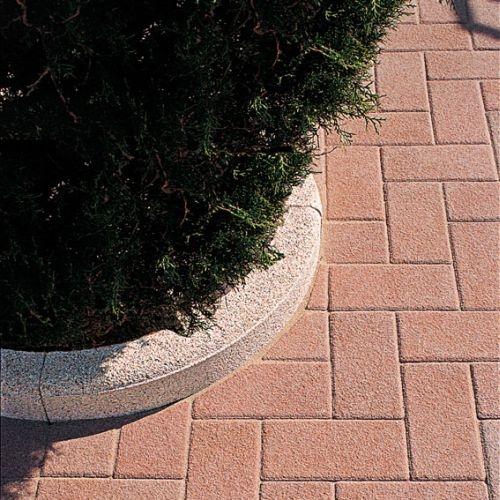 Serie cordoli in calcestruzzo for Cordoli per giardino