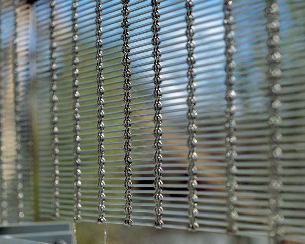 Alpewa: trasparenza con il metallo