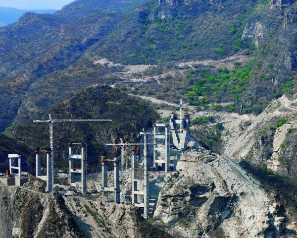 Costruito con i sistemi PERI il ponte più alto dell'America Latina