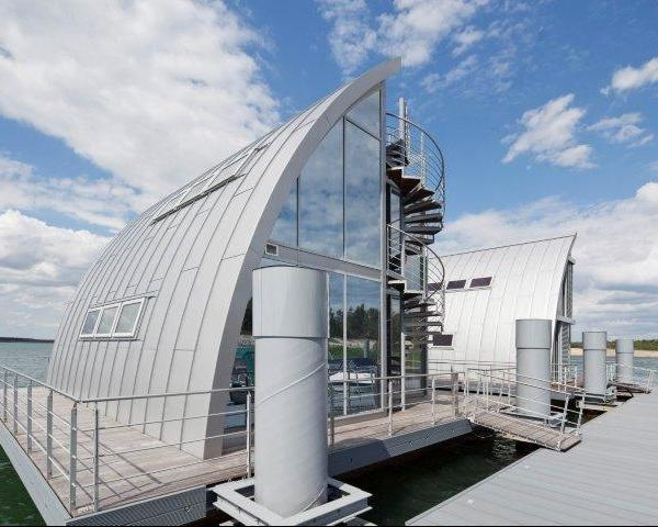 L'architettura che galleggia sull'acqua