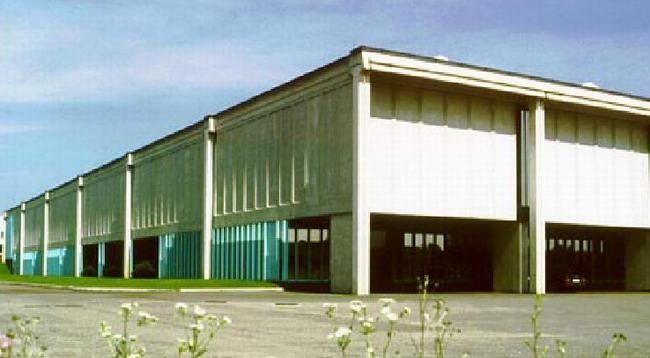 Angelo Mangiarotti: edificio industriale – Giussano, 1993