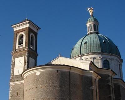 Duomo di montichiari for Interno 4 montichiari