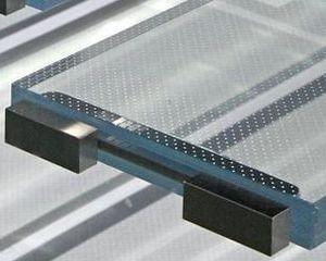 La più grande scalinata autoportante al mondo realizzata in vetro