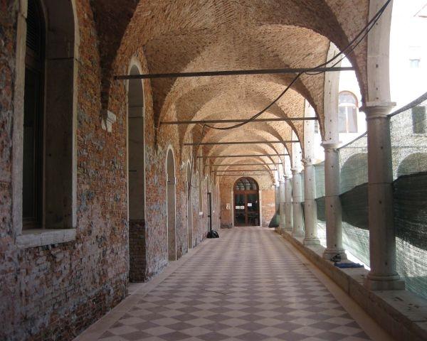 Restauro dell'ex convento di Santa Teresa