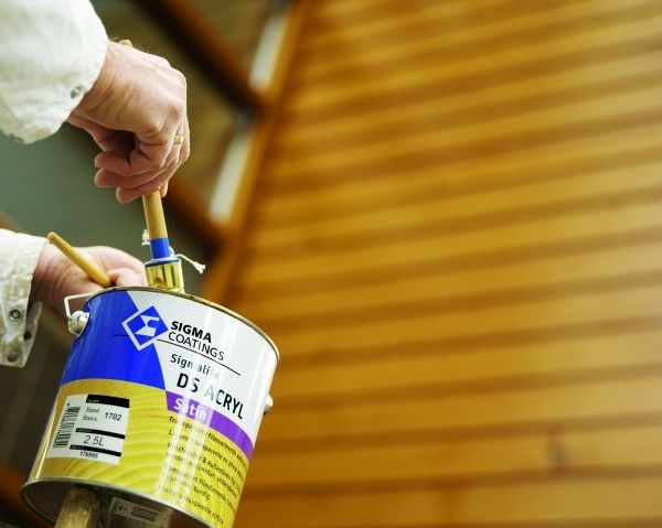 Sigmalife e Sigmalan: proteggere e decorare il legno
