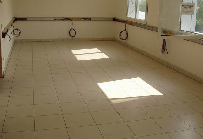 Il riscaldamento a pavimento termoclimatizzato a basso spessore - Asciugatura massetto per piastrelle ...