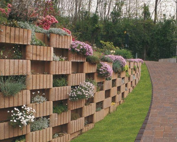 Green wall e murett le soluzioni ideali per il contenimento terra - Copertine per muretti esterno in cemento prezzi ...