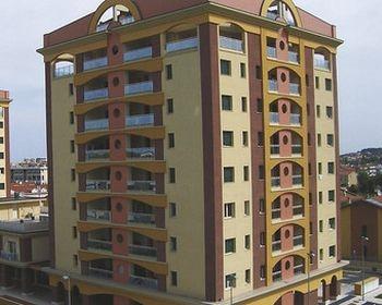 """Sistema Capatect Top-Line per il complesso residenziale """"Gli Alberi"""" di Pesaro"""