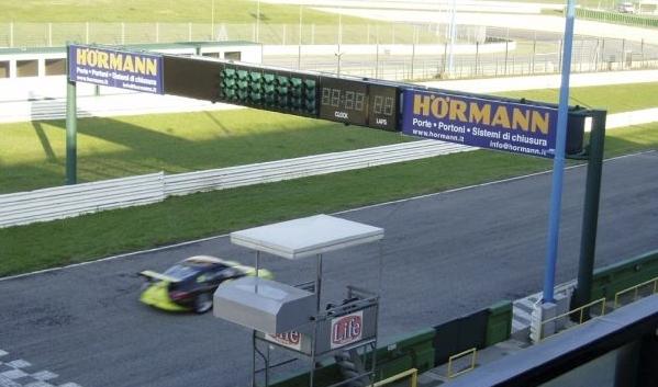 Un portone da Gran Premio