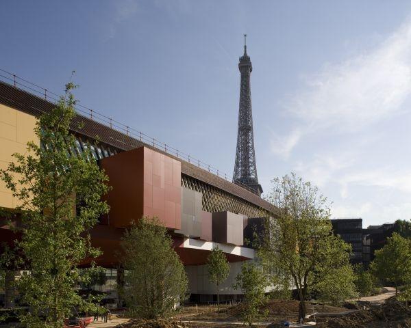 A Parigi il design abraccia arte e cultura