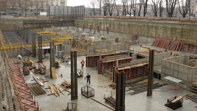 Solai in opera realizzati con peri skydeck per la costruzione di parcheggi interrati - Garage interrato ...
