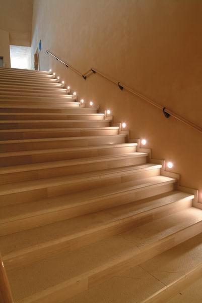 Tende salotto - Luci per scale ...