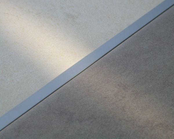 Profilo in alluminio polivalente