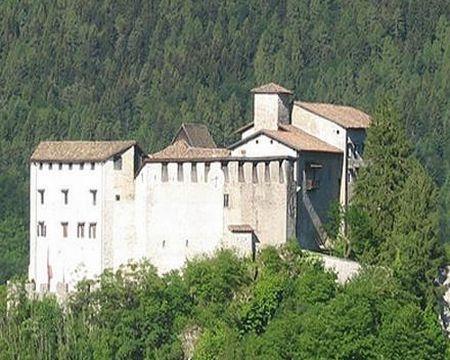 Recupero della copertura del Castello di Stenico con il Sistema Isotec