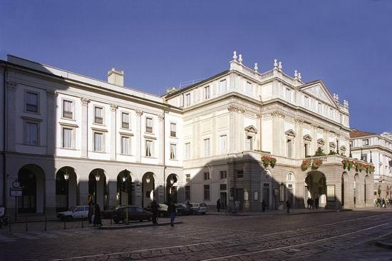 Il recupero delle facciate del Teatro alla Scala