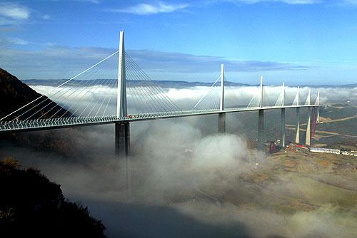 Il ponte strallato più alto del mondo