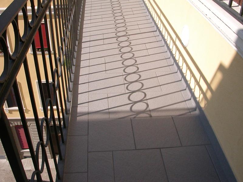 Vani scale e ballatoi intervento di rifacimento pavimentazioni