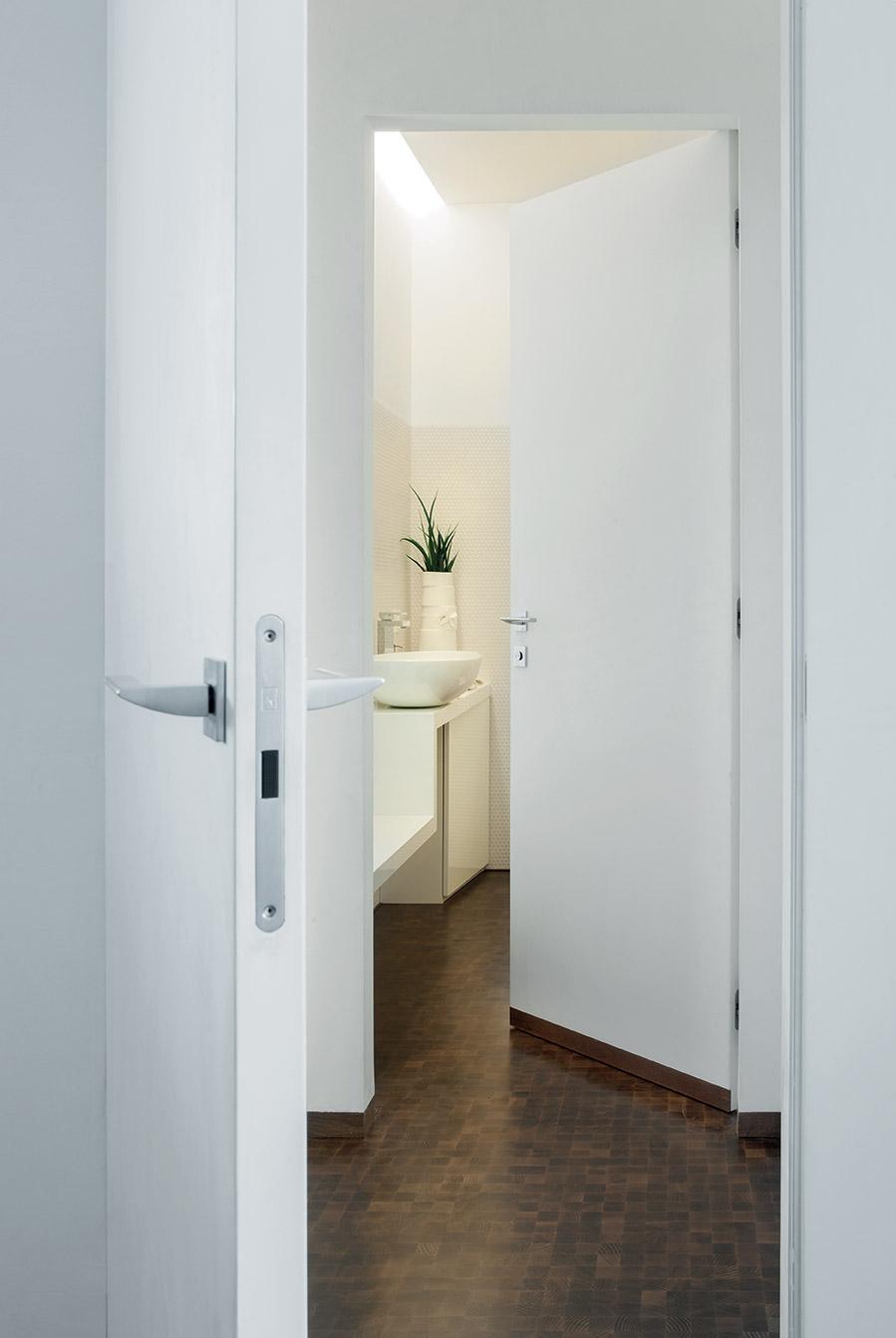 Porte filo muro per un impatto elegante pulito e lineare - Porte filo muro ...
