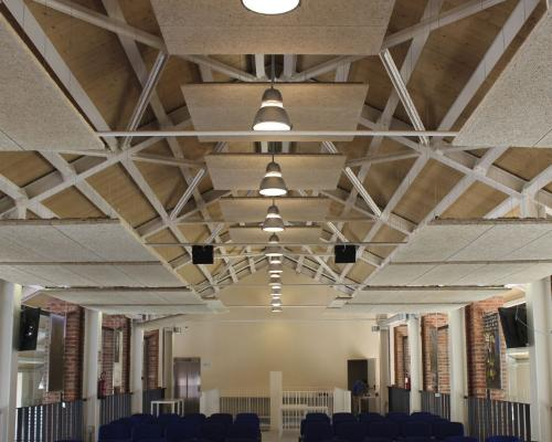 Soffitti In Legno Design : La progettazione eco di esercizi commerciali lo store design si
