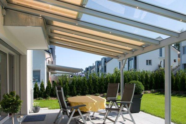 Tende Pergolati Verona : Pergolato con copertura in vetro terrado