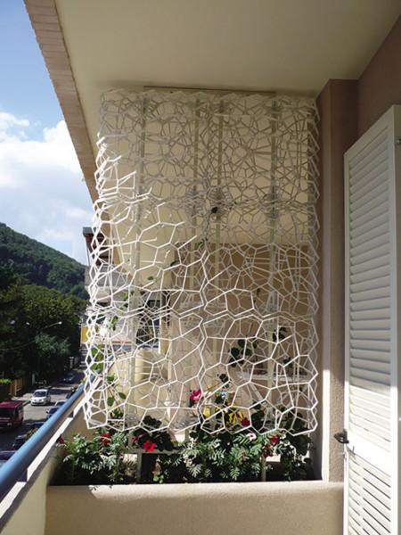 Wall y griglia per realizzare pareti verdi verticali for Pannelli divisori per esterni in ferro