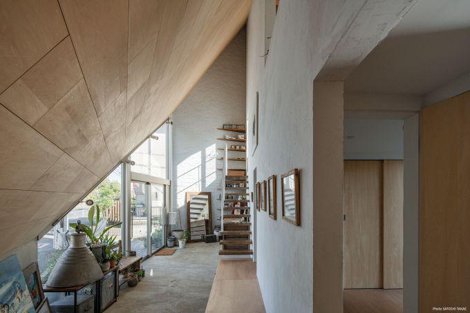 Interno della 8.5 House in Giappone