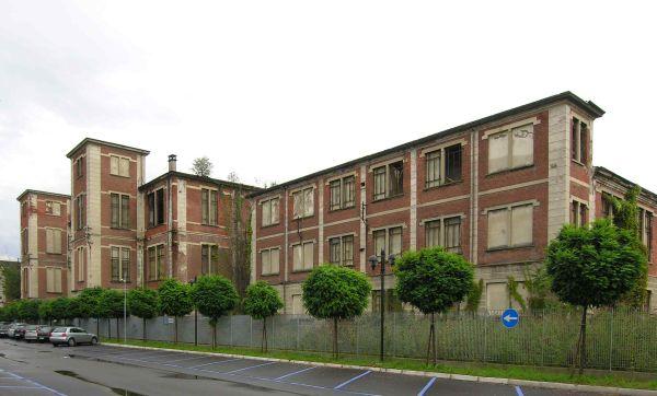 04 il_vecchio_edificio_prima_del_restauro