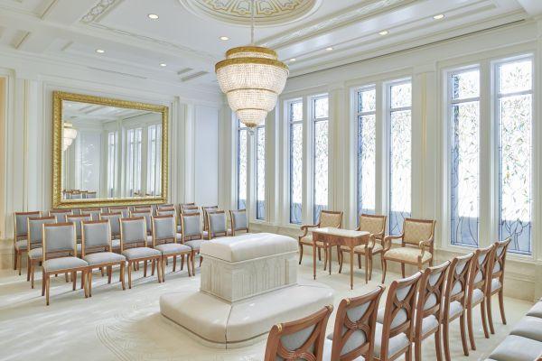 I preziosi rivestimenti del Tempio dei Mormoni realizzato a Roma